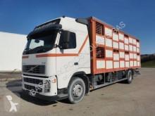 Camion bétaillère porcins Volvo FH12 380