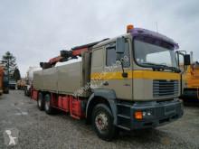 Camion plateau ridelles MAN 33-414