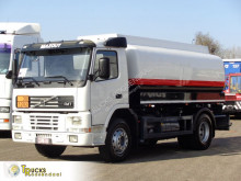 Lastbil Volvo FM7 tank begagnad