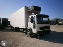 Camion Volvo FL6 220 fourgon accidenté
