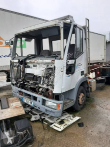 Camião Iveco Eurocargo 75 E 13 chassis acidentado