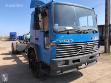 Camion châssis Volvo FL 618 , 230 KM , Full Steel, Manual Diesel Pump,Long Schassi