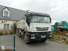 Camión volquete volquete bilateral Iveco Eurotrakker E360