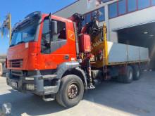 Camión caja abierta Iveco Trakker AD 260 T 31