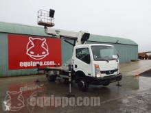 Camión Isoli PT225 - Nissan Cabstar 35.12 plataforma elevadora usado