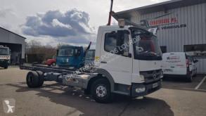Camion châssis Mercedes Atego 1018