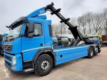 Camión portacontenedores Volvo FM