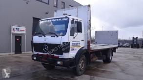 Camión caja abierta Mercedes SK