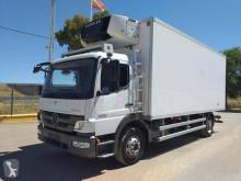 Kamion chladnička Mercedes