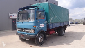 Mercedes tarp truck 913
