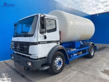 Camion Mercedes 1820 cisterna prodotti chimici usato