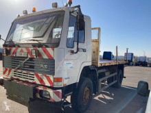 Camion plateau Volvo FL10