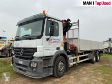 Camión caja abierta Mercedes 2641