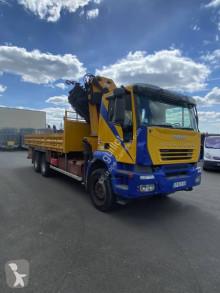 Camión caja abierta teleros Iveco Trakker 310