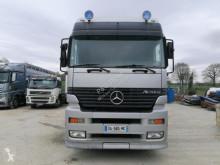 Camión remolque ganadero para ganado porcino Mercedes Actros 2540 L