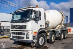 Camion Volvo FM 380 béton toupie / Malaxeur occasion