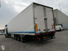 Camião isotérmico