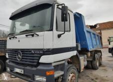 Camião basculante para obras Mercedes Actros 3335