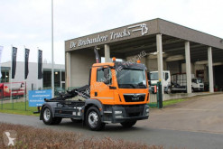 MAN hook arm system truck TGM 15.290