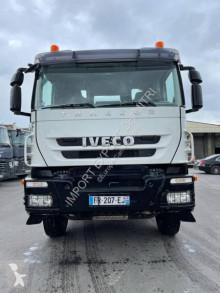 Camião betão betoneira / Misturador Iveco Trakker 360