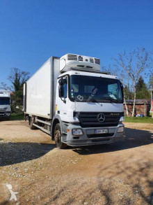 Mercedes mono temperature refrigerated truck Actros 1823