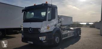 Camion polybenne Mercedes Actros 2540