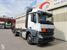Ciężarówka BDF Mercedes Actros 2542