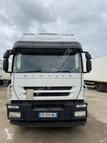 Camião Iveco Stralis 420 furgão usado