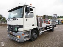 Heavy equipment transport truck Mercedes-Benz Actros 1831 4x2