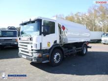 Camião cisterna Scania P