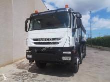 Camião basculante Iveco Trakker 410 T 45