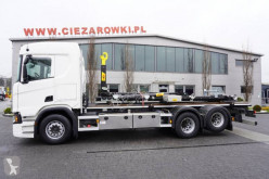 Camión Gancho portacontenedor Scania R 500