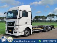 MAN TGX 26.400 truck used box