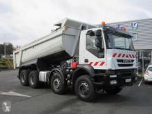 Lastbil Iveco Trakker 360 vagn för stengrundsläggning begagnad