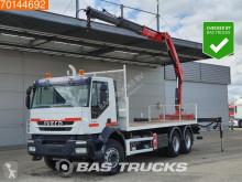 Camion cassone Iveco Trakker 360
