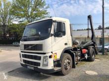 Camion multibenne Volvo FM13 420