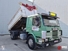 Lastbil Scania 113 flak begagnad