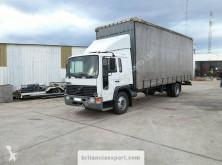 Volvo függönyponyvaroló teherautó FL6 15