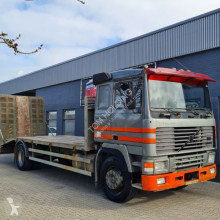 Lastbil Volvo F12-400 F12 F42 4X2 Retarder biltransport begagnad