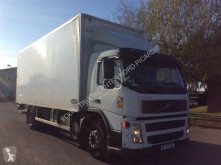 Volvo insulated truck FM 260