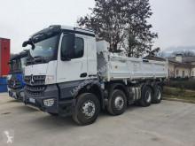 Camion ribaltabile bilaterale Mercedes Arocs
