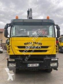 Camión Iveco Trakker 360 volquete volquete bilateral usado