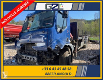 Camion Renault Premium cassone trasporto ferro incidentato