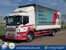 Scania ponyvával felszerelt plató teherautó P 320