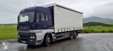 Камион подвижни завеси MAN 26.410