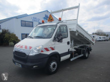Camión volquete volquete trilateral Iveco Daily 65C15