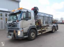 Camion plateau ridelles Volvo FM 6x2 PK18002-EH crane truck