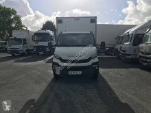 Camion fourgon polyfond Iveco Daily 70C17
