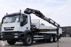 Camion cassone Iveco Trakker AD 260 T 41