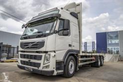 Camion plateau standard Volvo FM